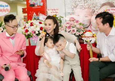 Sao Việt cùng chúc mừng ca sĩ Vy Oanh lên chức 'bà chủ'