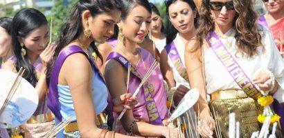 Dàn thí sinh 'Hoa hậu Đại sứ Du lịch thế giới 2018' được diễu hành chào đón tại Thái Lan