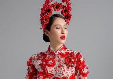 Hoa hậu Phan Thu Quyên hút nét tinh khôi mà kiêu kỳ trong tà áo dài