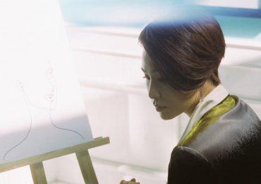Uyên Linh mong manh và đầy cảm xúc trong MV 'Khoảng trống'