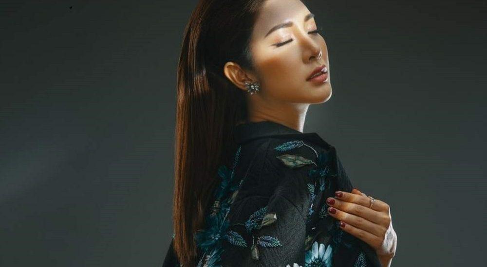Á hậu Yan My sắc lạnh trong phong cách cung phi