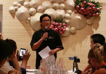Bếp trưởng Luke Nguyễn quảng bá ẩm thực Việt đến bạn bè quốc tế