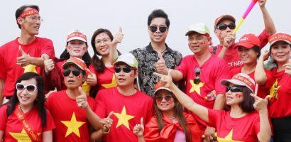 Danh ca Ngọc Sơn và Michael Lang quyết định thưởng 250 triệu cho đội tuyển Olympic VN