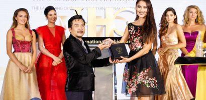 Thúy Vi khoe nhan sắc rực lửa trước thềm cuộc thi 'Miss Asia Pacific International'
