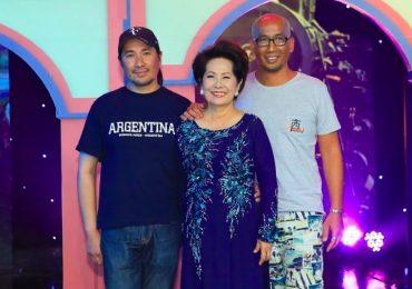 Danh ca Phương Dung hạnh phúc khi được hai con trai từ Úc về đưa đón đi diễn