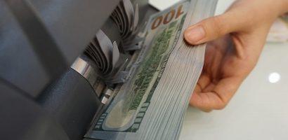 Phạt 90 triệu đồng vì đổi 100 USD – Đúng quy định nhưng chưa 'thuận tình'