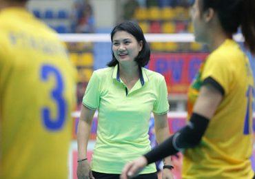 Hoa khôi bóng chuyền Kim Huệ trở lại thi đấu