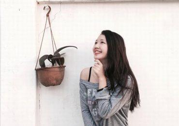 Nhan sắc nóng bỏng của nữ sinh 18 tuổi trong MV 'gây sốt' HongKong1