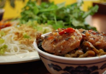 Khách quốc tế ấn tượng gì với văn hoá ẩm thực Việt Nam?