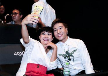 Phương Thanh đội mưa đến chúc mừng Nguyễn Đình Thanh Tâm ra mắt MV đầu tiên