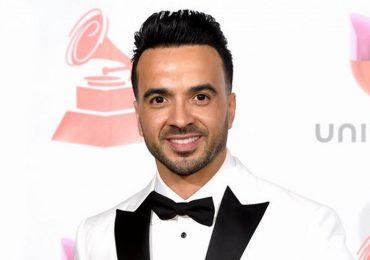 Nhờ siêu hit 'Despacito', ca sĩ Luis Fonsi lập 7 kỷ lục thế giới