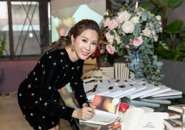 Hoa hậu Thu Hoài ra mắt sách 'Đàn bà phố thị' sau thời gian dài ấp ủ