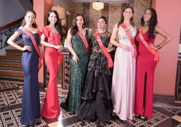 Huỳnh Vy nổi bật giữa dàn thí sinh 'Miss Tourism Queen Worldwide 2018'