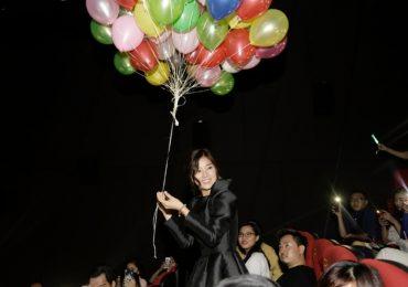 Hoàng Yến Chibi xúc động khi fan bao trọn rạp xem 'Kế hoạch đổi chồng'