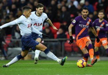 Mahrez tặng bàn thắng cho Chủ tịch Vichai trong ngày Man City hạ Spurs