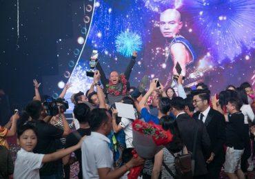 Nghệ sĩ xiếc đường phố Minh Nhật giành giải Quán quân 'Kỳ tài lộ diện 2018'