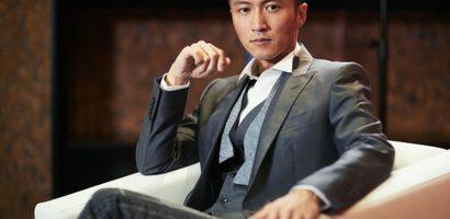 Tạ Đình Phong về Hong Kong thăm vợ cũ cùng hai con