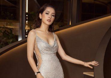 Chi Pu diện váy cắt xẻ táo bạo, phô diễn hình thể sexy hút mắt