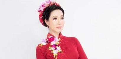 Á hậu Trịnh Kim Chi khoe dáng chuẩn, tươi tắn trong tà áo dài