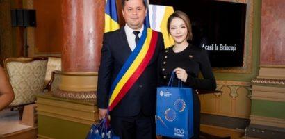 Phát động cuộc thi tranh ảnh kỷ niệm 100 năm quốc khánh Rumani