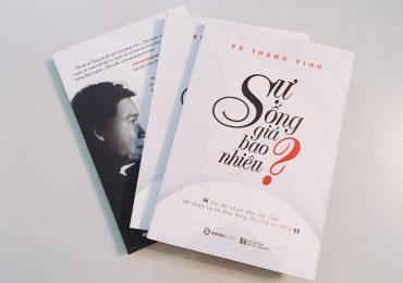 'Ông trùm bolero' Vũ Thành Vinh ra mắt sách 'Sự sống giá bao nhiêu?'