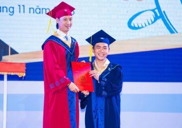 'Thánh chửi' Minh Dự háo hức nhận bằng cử nhân Văn học