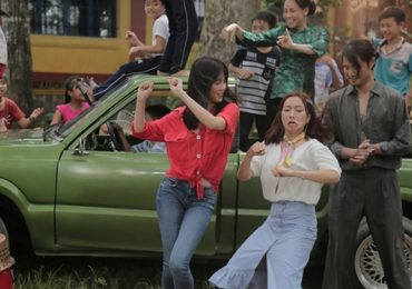 Lần đầu đóng phim hài, Ngọc Trinh không ngại làm xấu để nhập vai