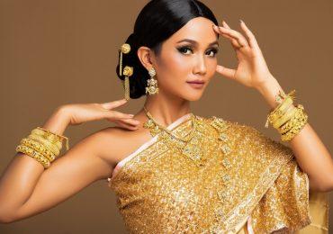 Hóa thân thành cô gái Thái, H'Hen Niê gửi lời chào đến 'Miss Universe 2018