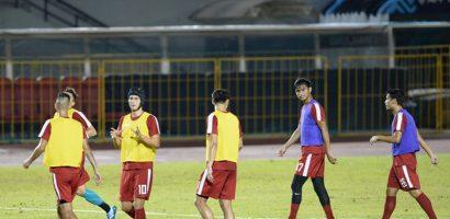 AFF Cup 2018: Philippines chuẩn bị kỹ bài tạt cánh đánh đầu trong buổi tập kín
