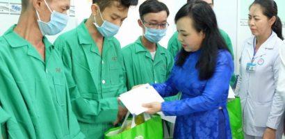 Việt Nam đặt mục tiêu kết thúc dịch HIV/AIDS vào năm 2030
