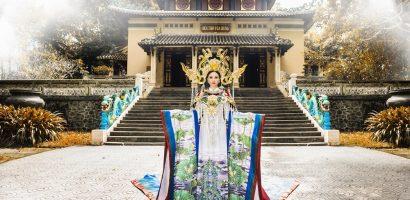 Hoa hậu Châu Ngọc Bích mang áo dài biểu tượng hoa sen trắng tới Mrs Universe 2018