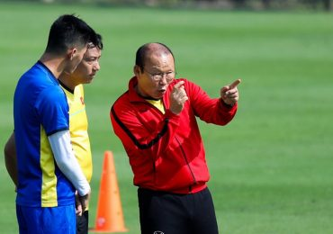 Chuyên gia châu Á: 'Tuyển Việt Nam chơi biến ảo nhất AFF Cup 2018'