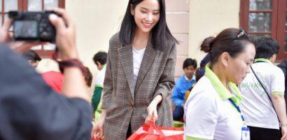 Nam Anh trao 200 phần quà ý nghĩa cho người khó khăn tại Lâm Đồng