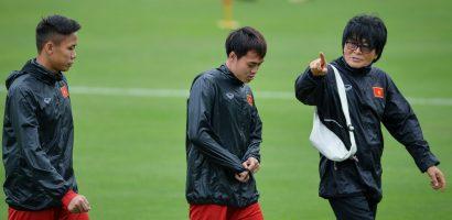 Văn Toàn, Ngọc Hải tập riêng với bác sĩ trước thềm chung kết AFF Cup 2018