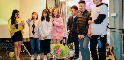 Hoàng Yến Chibi bất ngờ được bố mang bánh kem đến mừng sinh nhật