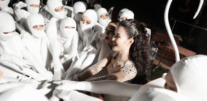 Loạt ảnh hậu trường đặc biệt trong liveshow 'Ten On Ten' của Đông Nhi