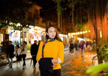 Diện Bikini nóng bỏng, Hoa hậu Tiểu Vy khoe vẻ đẹp chuẩn Thế giới