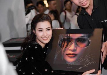 Đông Nhi làm liveshow kỷ niệm 10 năm ca hát ra mắt album 'khủng'