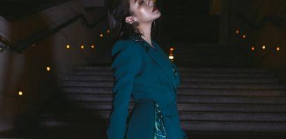 Văn Mai Hương khoe tóc ngắn lạ lẫm, tự tin diện menswear cá tính mùa lễ hội