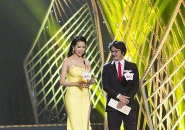 Đạo diễn Công Ninh hồi hộp công bố giải cùng Hoa hậu Phan Thị Mơ