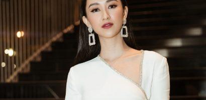 Hà Thu, và chị em Nam Anh – Nam Em đổ bộ thảm đỏ WeChoice Awards 2018