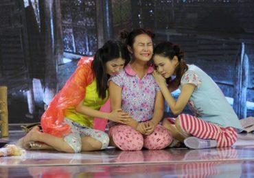 Tiếu lâm nhạc hội: Trà Ngọc, Ngọc Hoa khiến khán giả rơi nước mắt khi đem vấn nạn bạo hành lên sân khấu