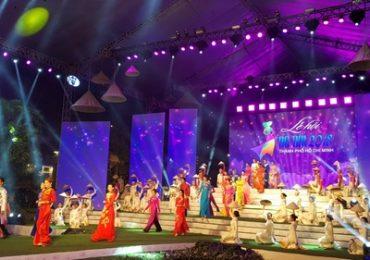 Lễ hội Áo dài Tp.HCM năm 2019: Truyền tải nét đẹp Việt Nam qua tà Áo dài