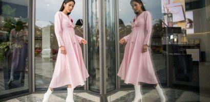 Nam Anh diện đầm hồng điều đà, khoe vóc dáng quyến rũ giữa phố