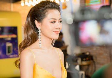 Nam Thư: 'Phụ nữ là phải gợi cảm, không hở trước phải hở sau'