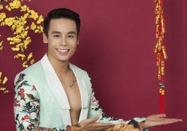 Nam vương Cao Xuân Tài chúc xuân khán giả bằng bộ ảnh rực rỡ