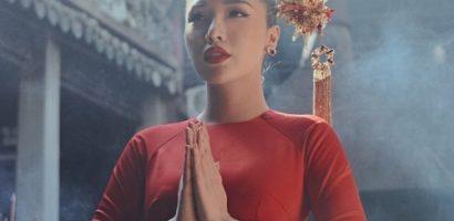 Á hậu Khánh Phương đẹp kiêu kỳ trong bộ ảnh đón Tết