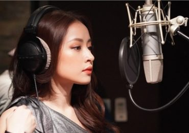Mỹ nam 'Friend Zone' gửi lời chào fan Việt, khen Chi Pu tài năng