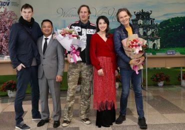 Hai ban nhạc huyền thoại Boney M và Joy đã có mặt tại Hà Nội