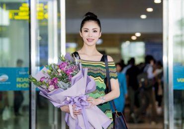 'Hoa hậu hoàn vũ 2007' Riyo Mori giản dị mà rạng ngời tại sân bay Nội Bài